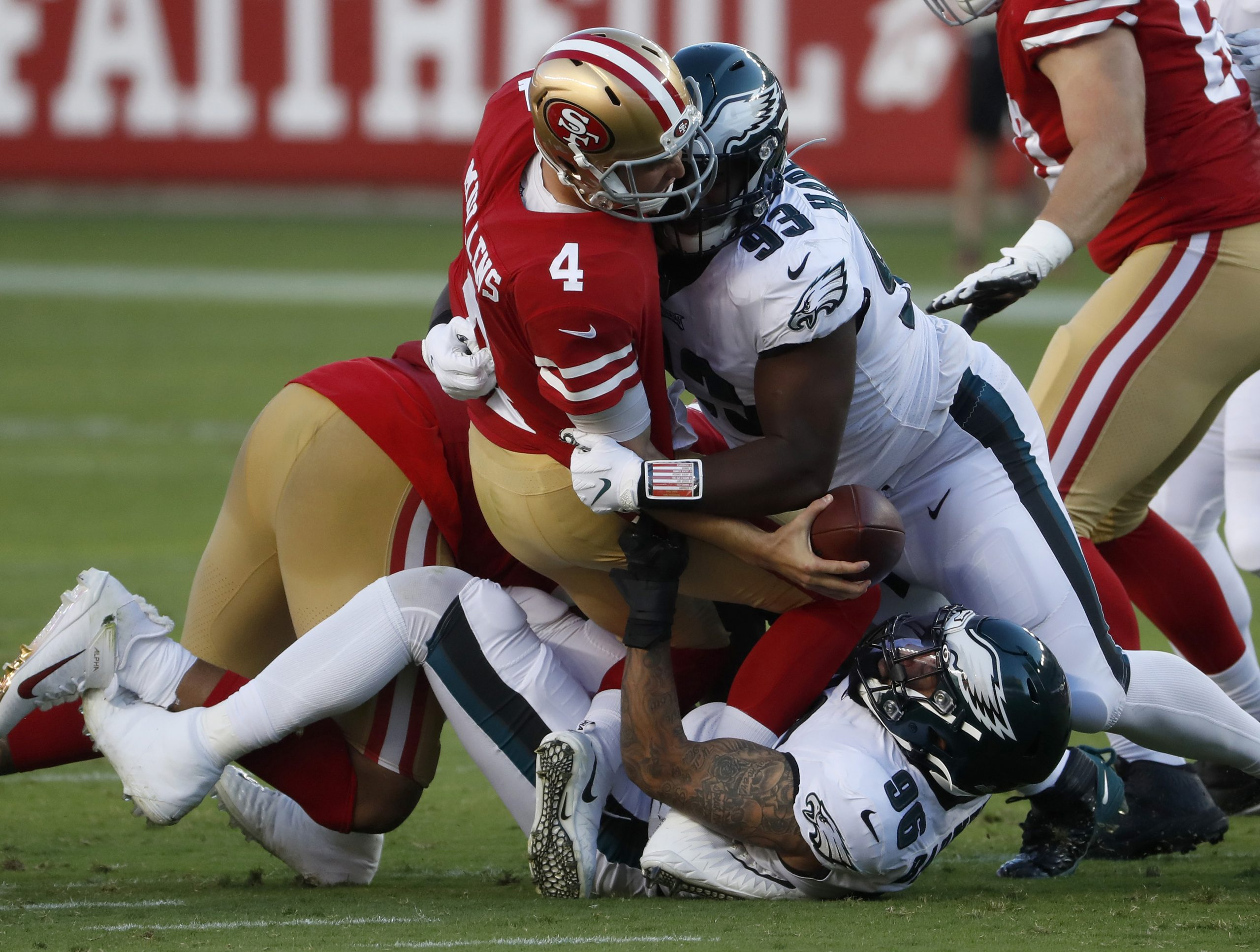 Eagles 25, 49ers 20: Mullens' miscues blow up fourth-quarter lead