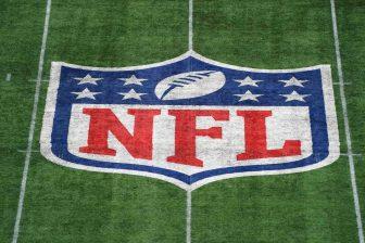 NFL NFLPA players season 336x224 32