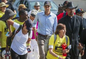 Beto O' Rourke continues journey with prominent bishop, Willie Nelson on 30-mile Texas voting march