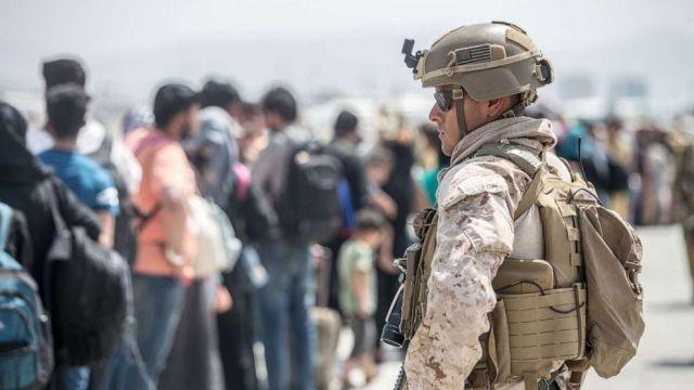 military kabul airport marine corps photo