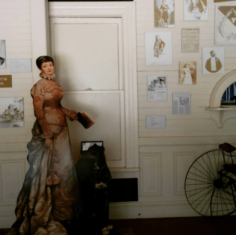 Mme. Modjeska and artifacts.