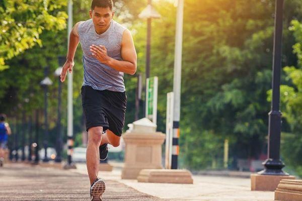 10 Jenis Latihan untuk Meningkatkan Kecepatan Lari Anda