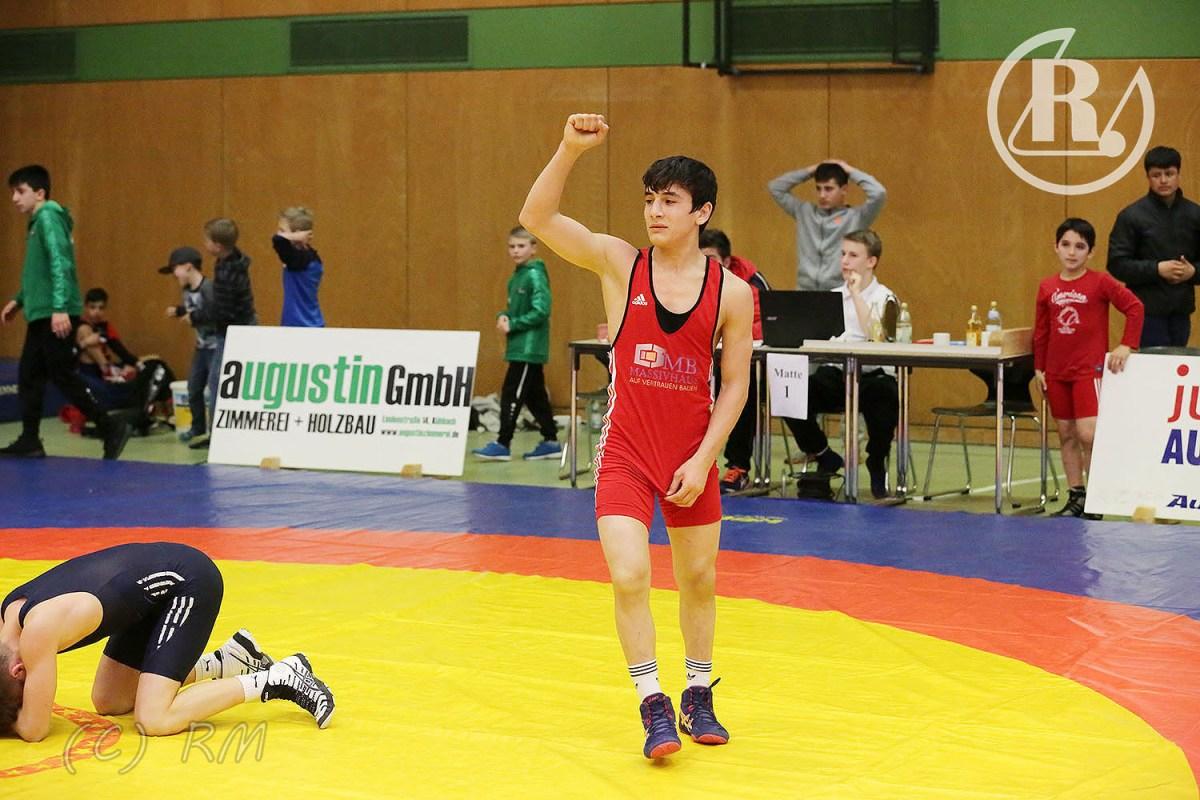 RSV Rotation: Fünf Medaillen beim Ringkampfmarathon in Aichach