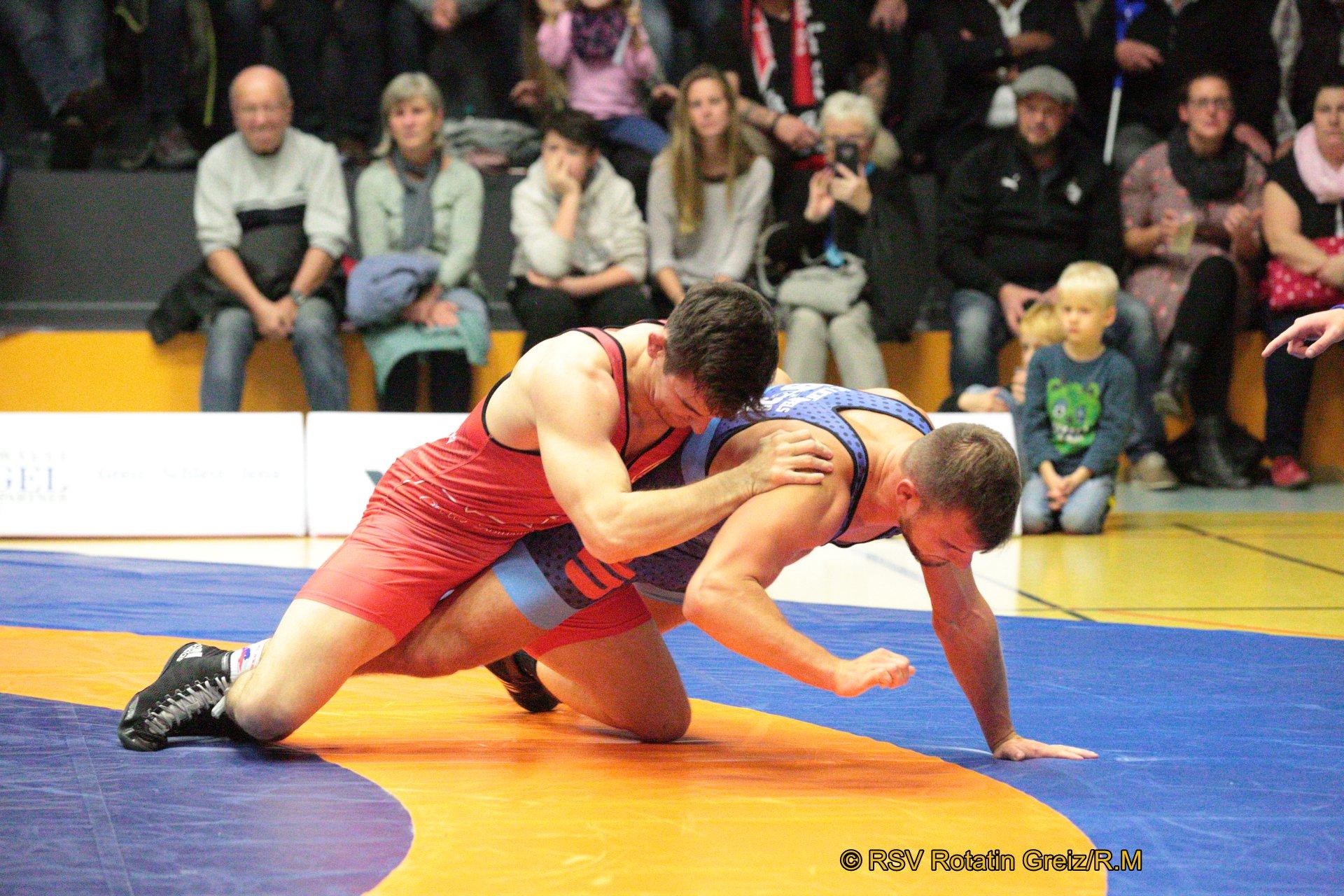75A kg Freistil: Daniel Sartakov (1) (rotes Trikot), RSV Rotation Greiz gegen Johannes Lurz (-2), AC Lichtenfels 2:0/PS/7:1/06:00