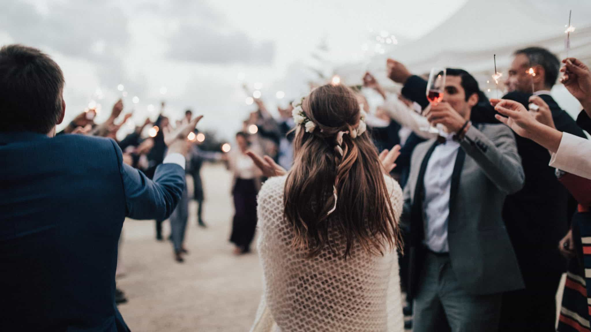 2019 RSVPify Wedding Guide 2019. Digital wedding trends for 2019.