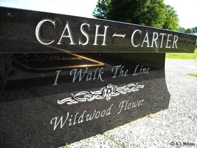 JohnnyCashAndJuneCarterCashGravesideBench_COPY_001_June2008