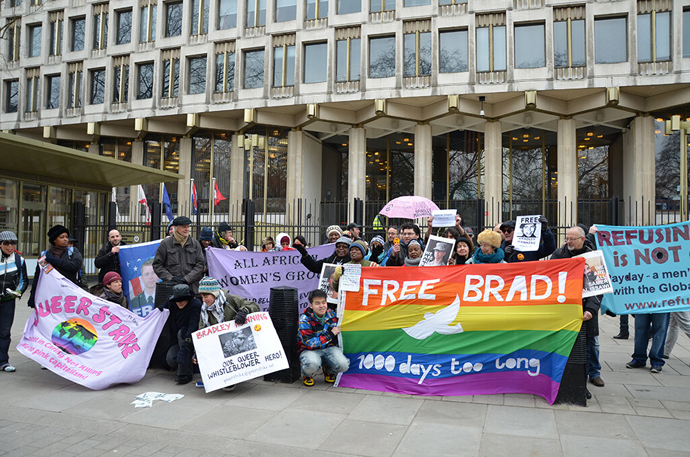 Bradley Manning London protest (Image from twitter.com user@owsMediaScribe)
