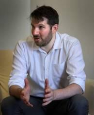 Eli Pariser durante su entrevista con EL PAÍS