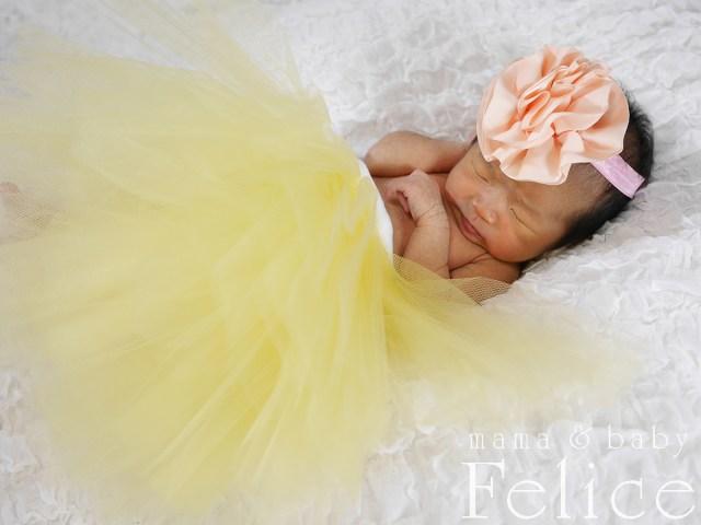 生後2週間の新生児赤ちゃん