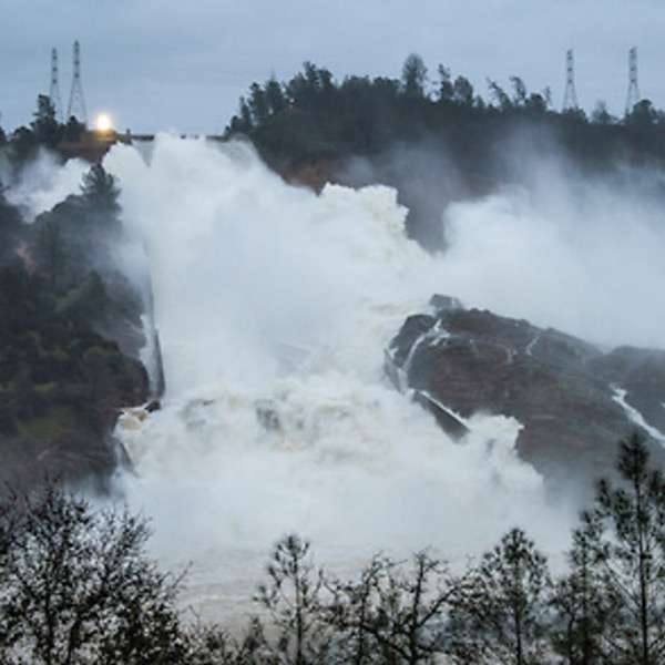 Oroville Dam Faces Lawsuit, Relicensing Threat   RTO Insider