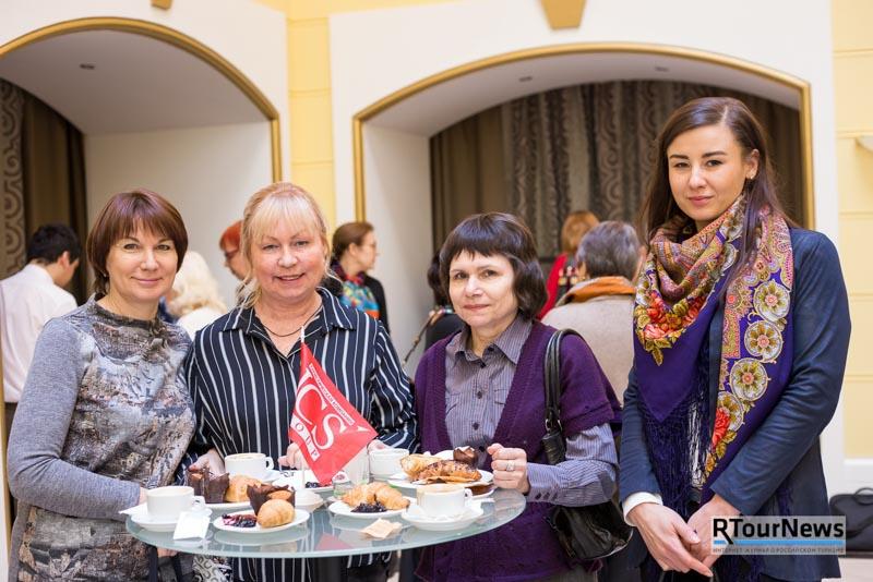 В лето с ICS! Презентация летних программ в Петербурге