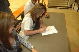 Kayce Signing