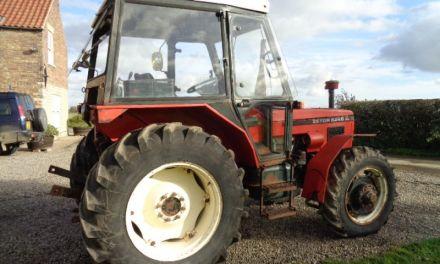 Снежана Дубић добија трактор са пратећом механизацијом по обећању Александра Вучића