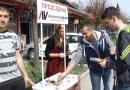 "Novopazarski ""naprednjaci"" podelili stranačke informatore"