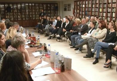 Književnost manjinskih zajednica u Novom Pazaru