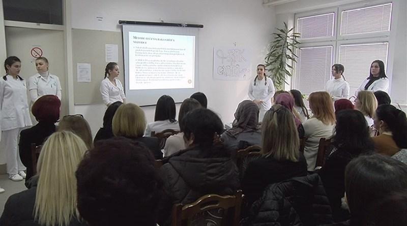 Učenice Medicinske škole obeležile Evropsku nedelju prevencije raka grlića materice