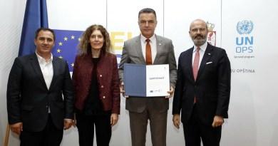 EU PRO: Uručen sertifikat o sprovođenju projekta GIS u Novom Pazaru i Tutinu