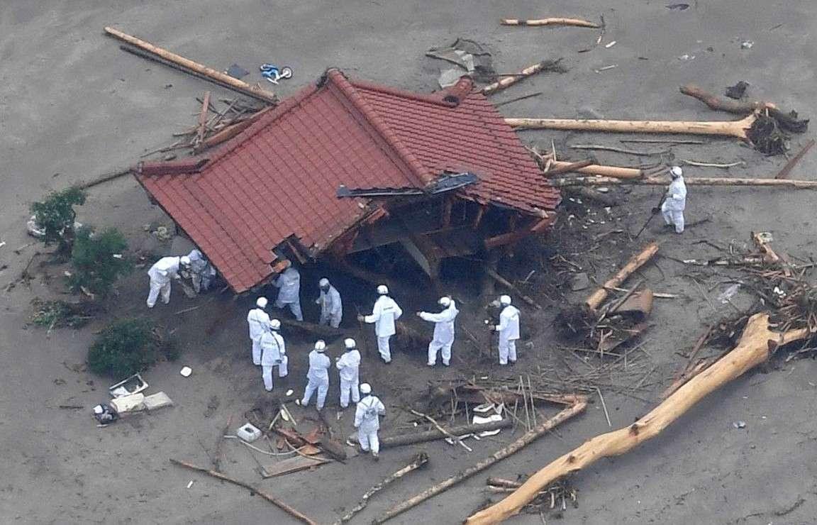 В Японии один человек погиб, десятки пропали без вести из-за сильных ливней