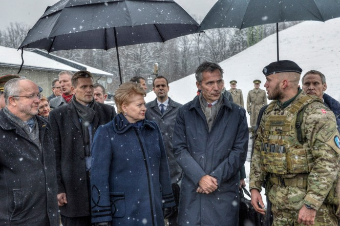 Президент Литовской Республики Даля Грибаускайте встретилась с новым Генеральным секретарем НАТО Йенсом Столтенбергом