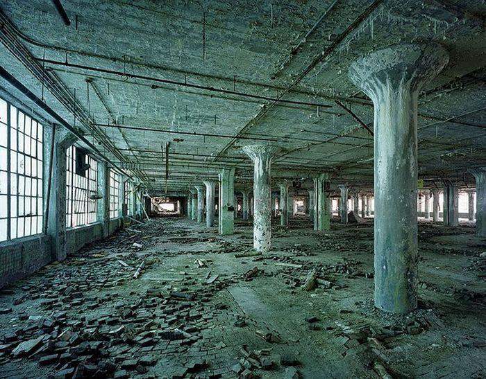 Детройт - город-призрак (25 фото)