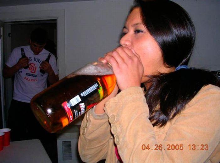 Нестандартный способ употребления пива (46 фото)