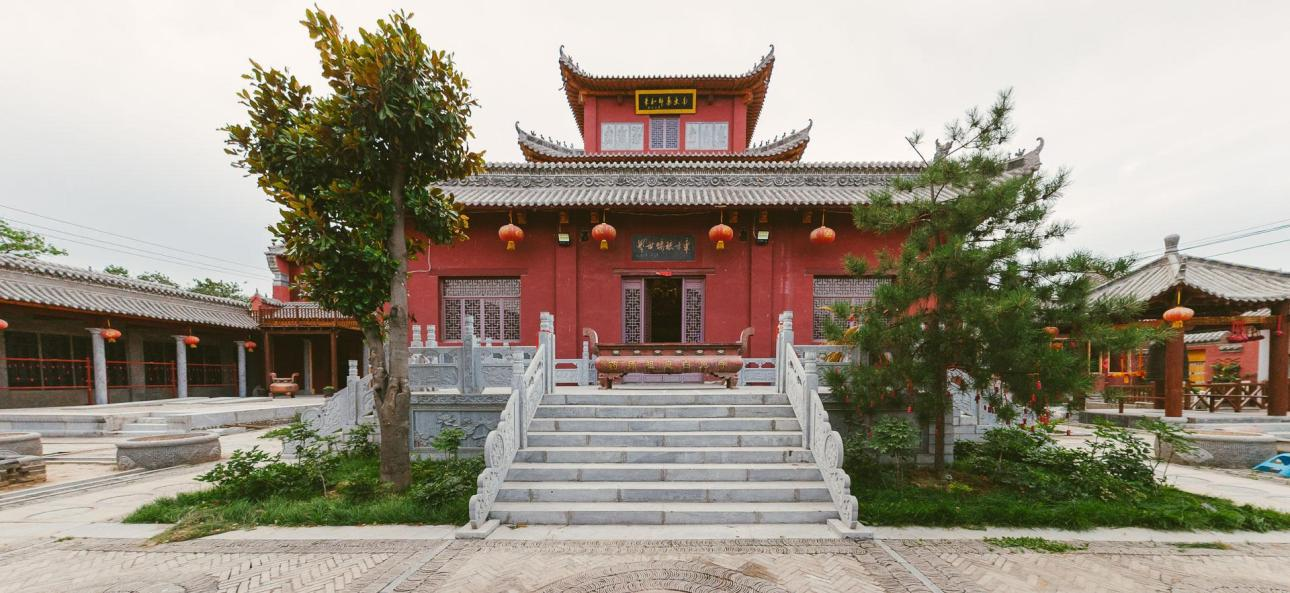 the main building in the temple of the white rabbit Xuchang