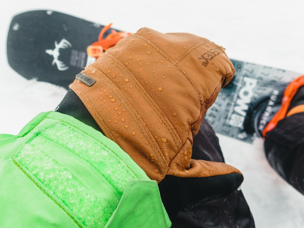 Gore-tex mitts