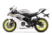 2017-yamaha-yzf-r6-low-res-05