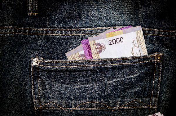 10 Tips Cerdas Mengelola Uang Saku untuk Anak Kos