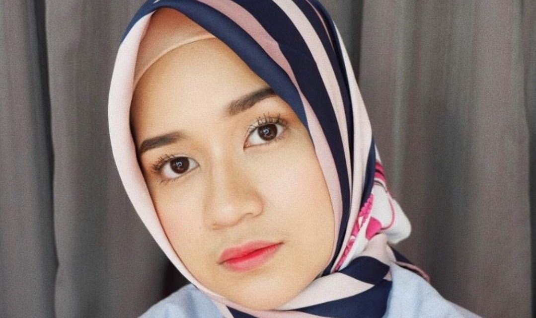 Clara Haniyah, Beauty Youtuber yang Inspiratif