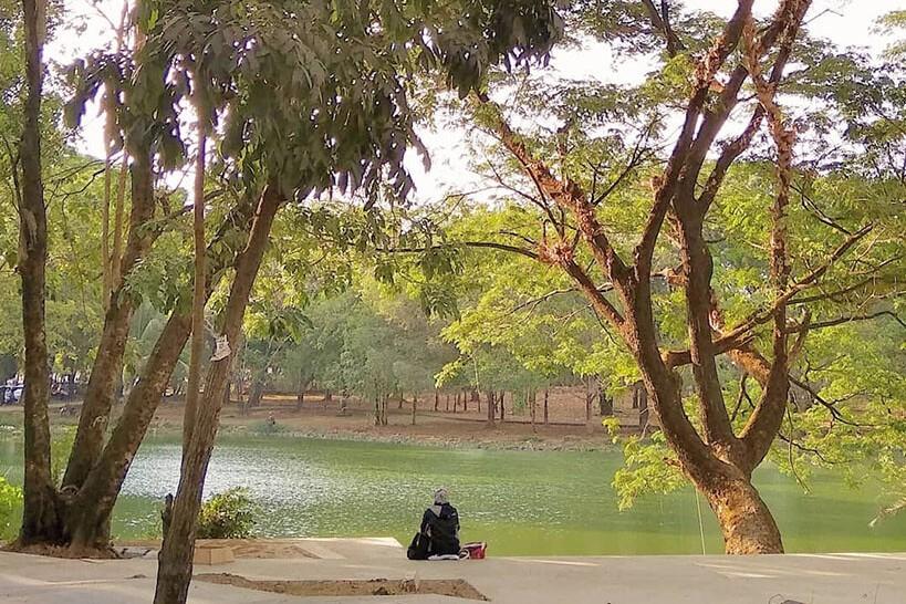sejuknya danau dan hutan di universitas hasanuddin