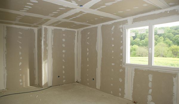 Отделка дома из бруса гипсокартоном. Как обшить бревенчатый дом изнутри гипсокартоном. Порядок выполнения работ