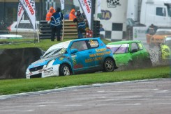 Darren Scott on his way to a hard fought third place