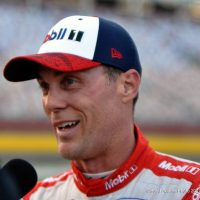 MENCS: Kevin Harvick Wins 600 Pole, Kyle Larson Starts in Row 20