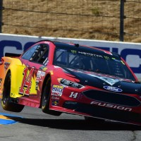 MENCS: Clint Bowyer, Kurt Busch Pace Friday Practices