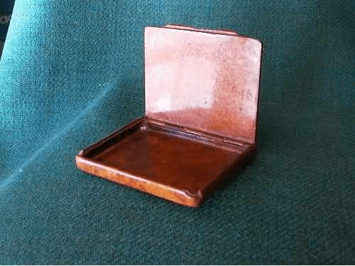 My 19th century Spanish briar wood cigarette case (2/4)
