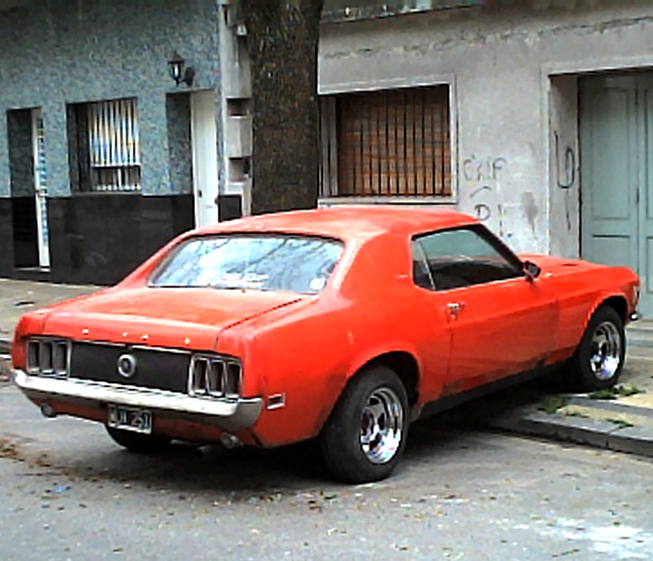 My beloved Ford Mustang Grandé - 1970 (3/6)
