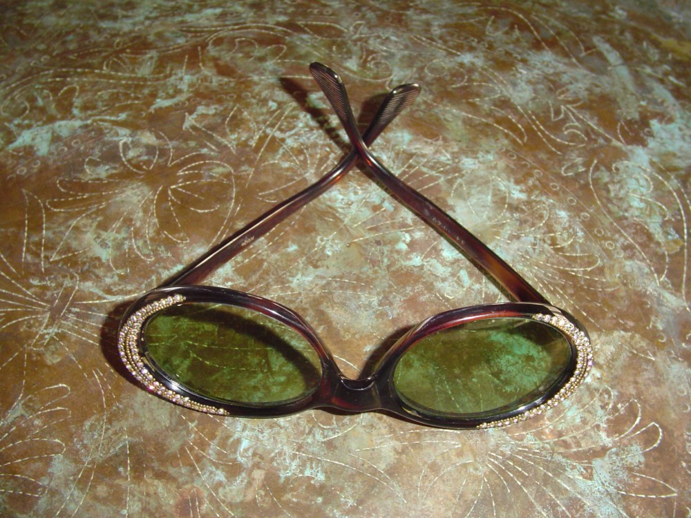 My vintage sunglasses  (2/6)