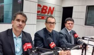 Da esquerda para a direita, João Peixoto, Octávio Paulo Neto e Rodolfo Alves