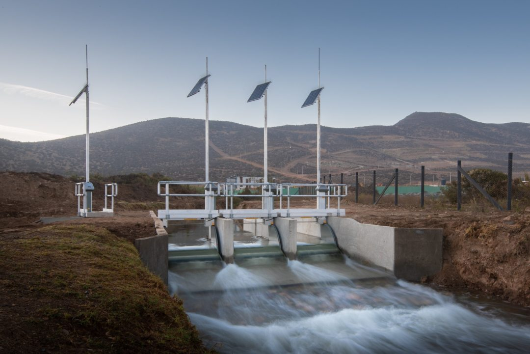 FlumeGate Regulating Structure Automating Flow for Bellavista in Chile