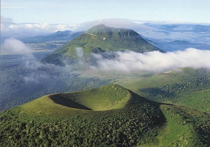 puy-de-dome-volcans