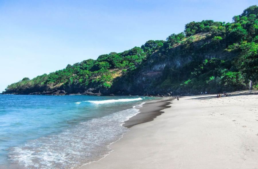 Virgin Beach Candidasa Bali, salah satu pantai rekreasi rekomendasi yang masih alami