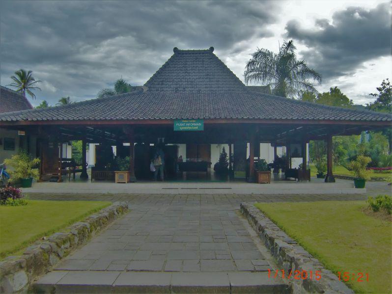 Ruang audio visual yang dipakai untuk pemutaran film sejarah Candi Borobudur