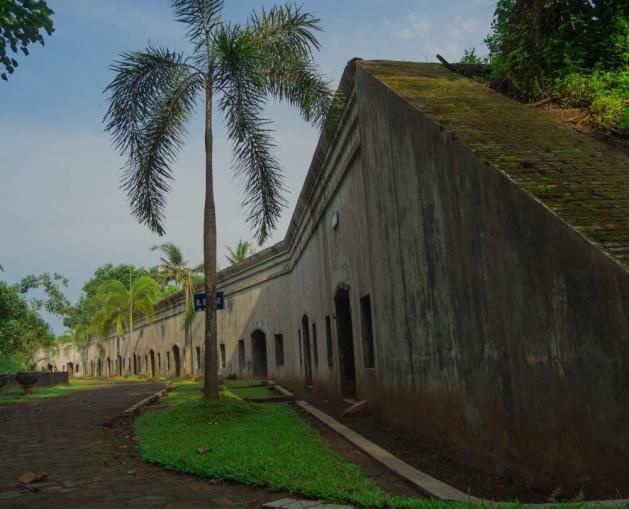 Ruang Barak yang masih kokoh berdiri sepenggal jejak sejarah era penjajahan.