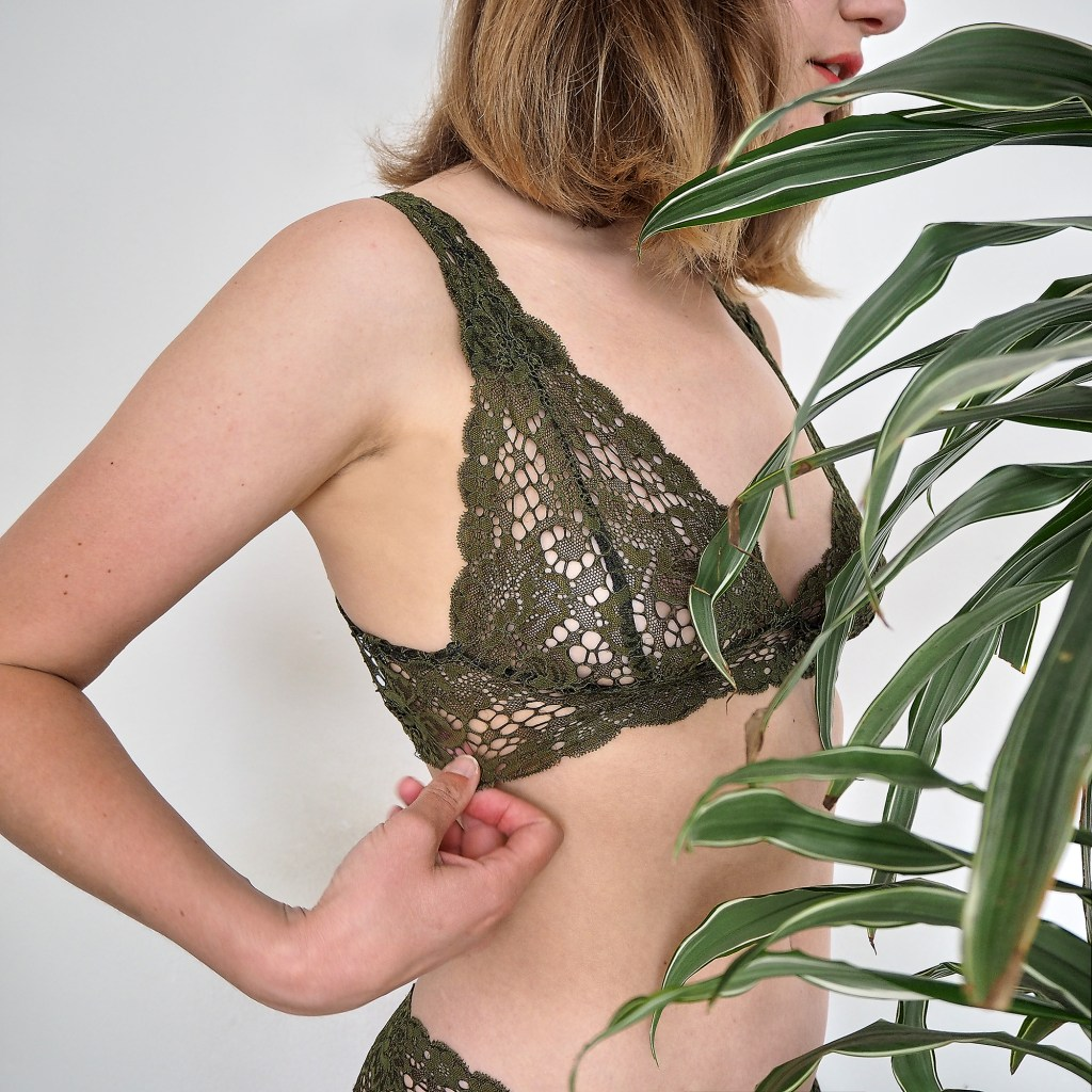 Brighton lace ruby rose underwear with plant