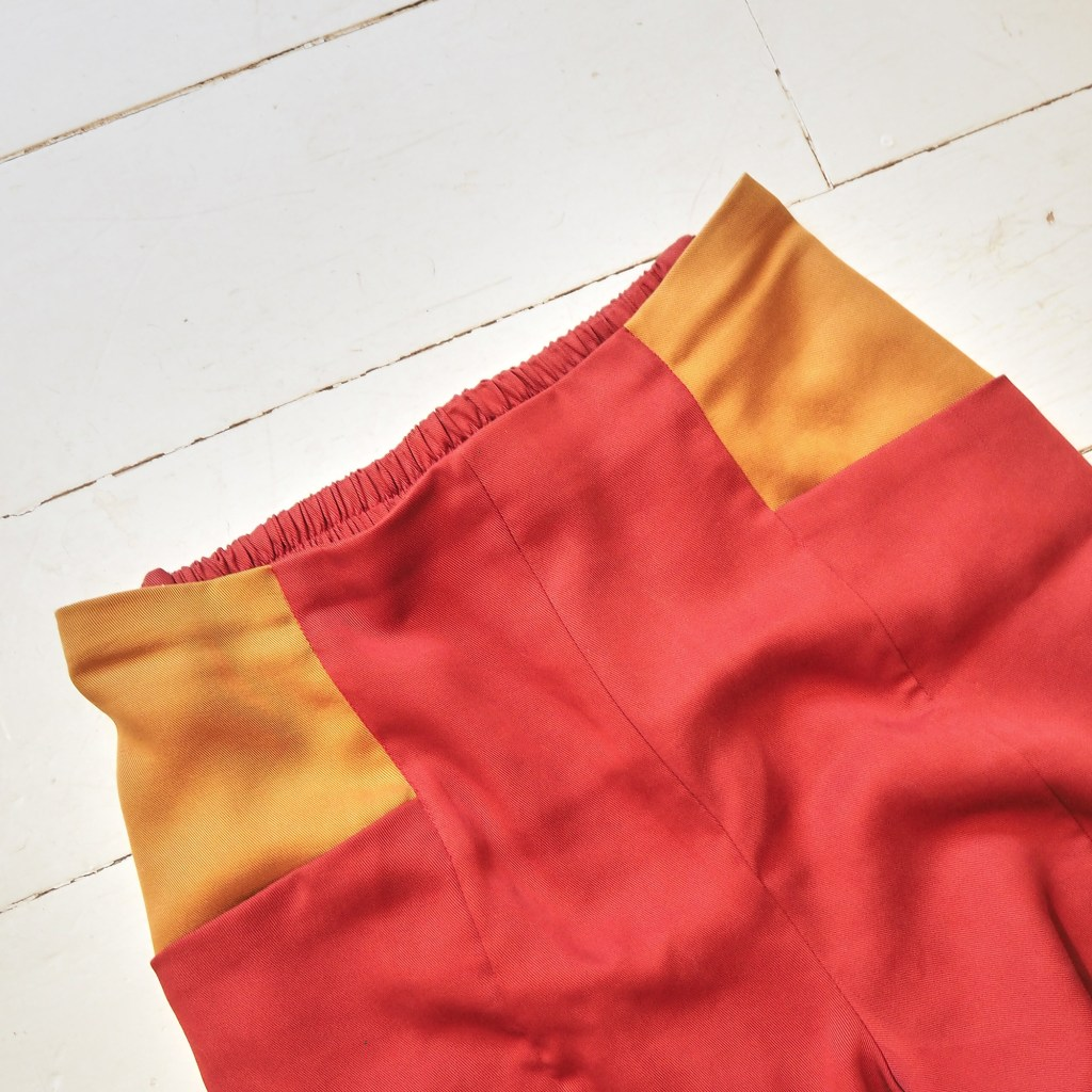 Details of pietra pants shorts version