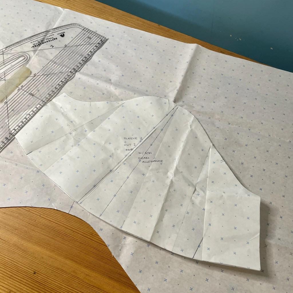 sleeve detail pattern cutting