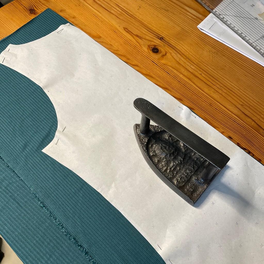 Cutting out pattern onto jersey fabric