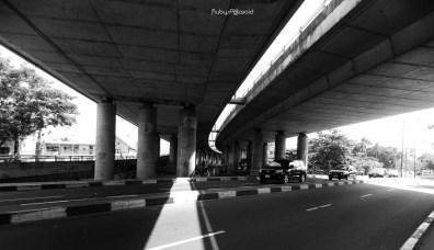 Falomo Underpass Monochrome by rubys polaroid