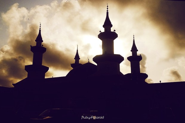 Mosque silhouette by rubys polaroid